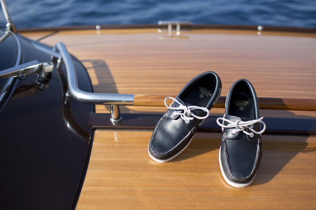 brooks brothers mocassin yachting