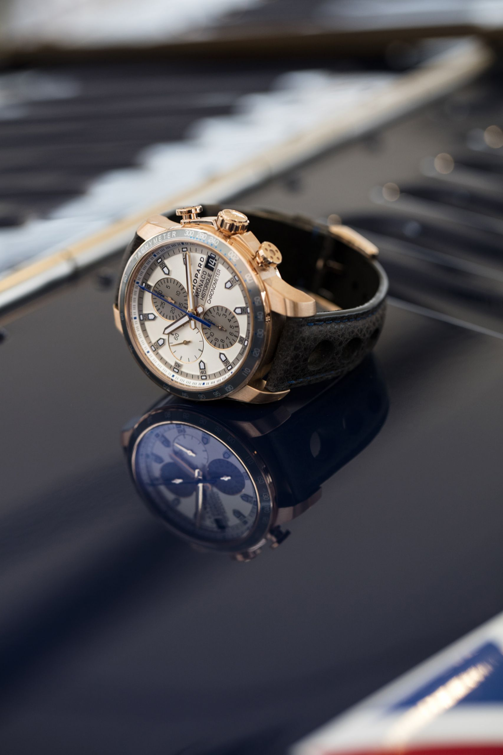 chopard grand prix de monaco historique 18k gold close up