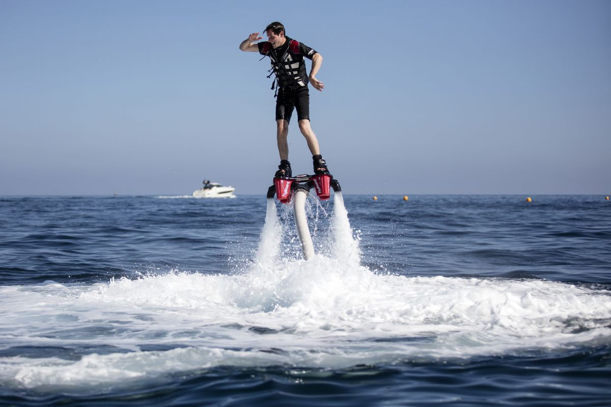 Fly board MOnte Carlo Beach blog lifestyle