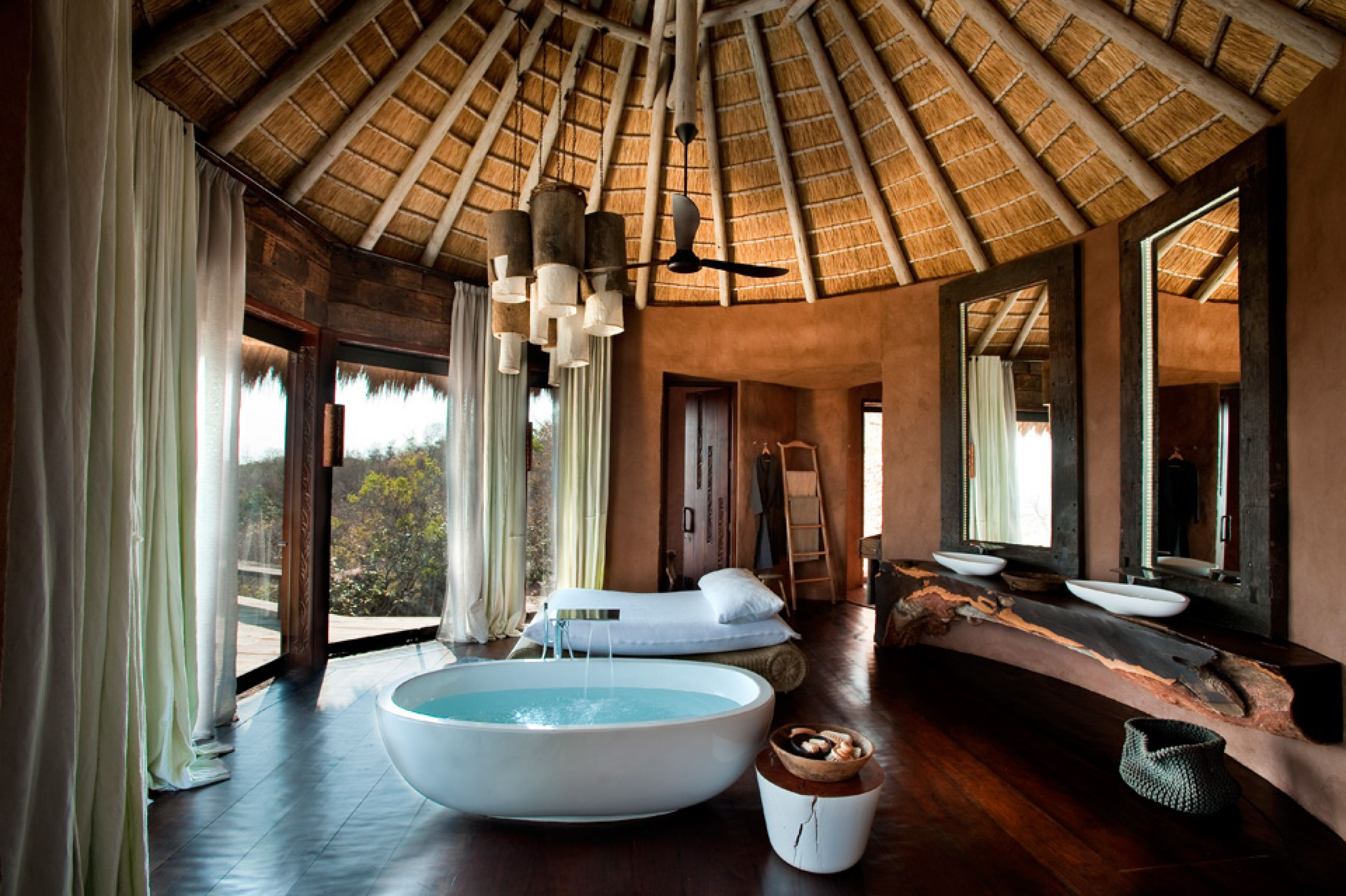 luxury lodge villa leobo africa safari