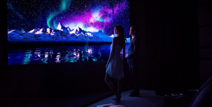 TRACKING DOWN <br><b>THE WALL BY SAMSUNG</b><br>AT MONACO YACHT SHOW
